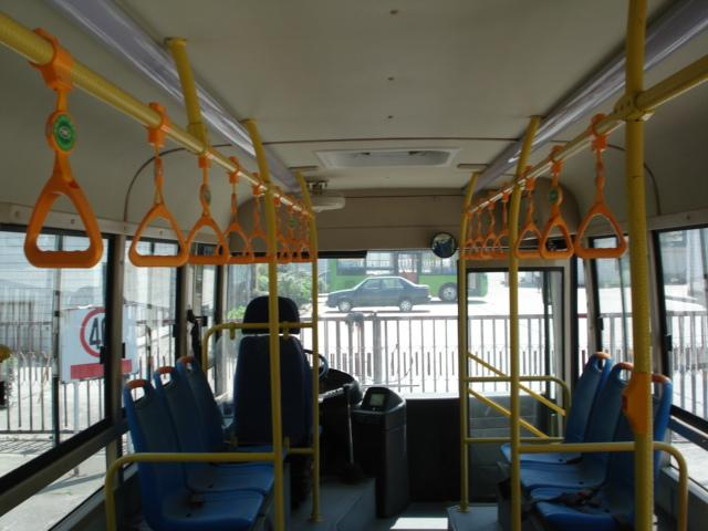 Low Floor Inter City Buses 48 Seater Coaches 3300mm Wheel Base